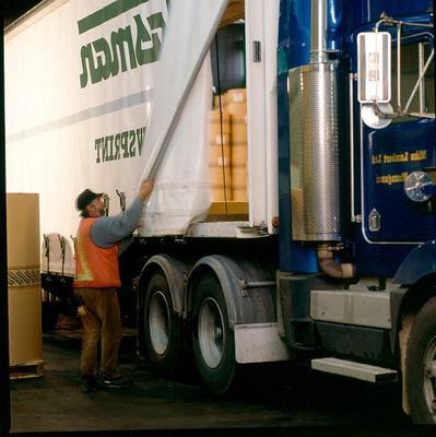 Tasman Pulp & Paper Co Ltd, Kawerau: 1994 Mike Lamberts Ltd - newsprint truck, newsprint liners like this Kenworth T480 truck are helping improve transport efficiencies for TP&P mill
