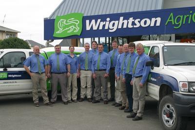 Wrightson Ltd - Invercargill Branch, Southland: 2004 staff, vehicles, premises, Agricentre Team photographs