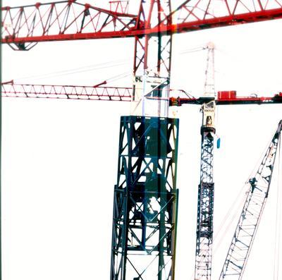 Fletcher Construction Co Ltd: 1985 FCC cranes