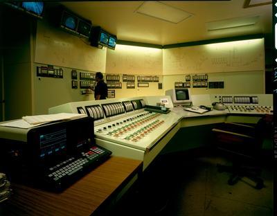 Golden Bay Cement Co Ltd: 1986 Portland - central control room