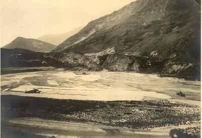 Fletcher Holdings Ltd - Stevenson & Cook Engineering Ltd: 1930 Gold dredging on the Shotover River