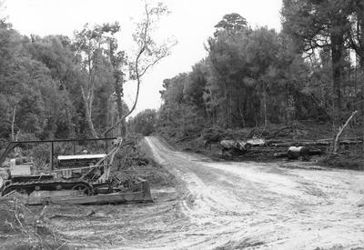 Fletcher Timber Co Ltd - Utuhina and Te Rimu (South Waikato District) and other areas: 1955 Machinery used by roading gangs, Utuhina