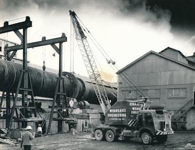 Fletcher Bernard-Smith Ltd: 1963 Portland Cement Co, Whangarei - FBS cement kiln being transported