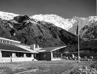 Fletcher Construction Co Ltd - The Hermitage, Aoraki/Mt Cook: 1958 exterior view of new hotel