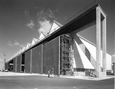 Fletcher Construction Co Ltd - Hangar and Workshop for TEAL, Auckland Airport, Mangere: 1964 during construction
