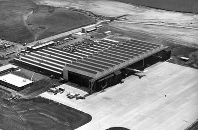 Fletcher Construction Co Ltd - Hangar and Workshop for TEAL, Auckland Airport, Mangere: 1964 completed hangar and workshop