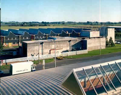 Fletcher Construction Co Ltd - Hangar and Workshop for TEAL, Auckland Airport, Mangere: 1964 hangar and workshop