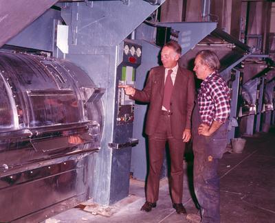 Fletcher Holdings Ltd: 1976 Fletcher Mechanical staff in Otago Hospital Laundry installation, Dunedin, Otago