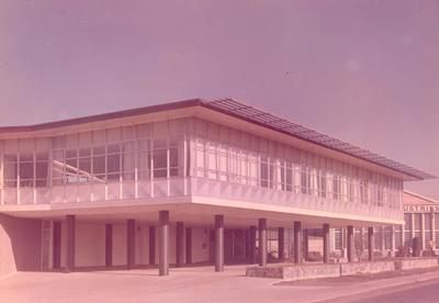 Fletcher Holdings Ltd: 1962 New offices for Fletcher Construction Co at Penrose, Auckland