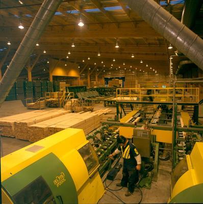 Fletcher Challenge Forests Ltd: 1997 Kawerau Remanufacturing Plant - Finger jointers