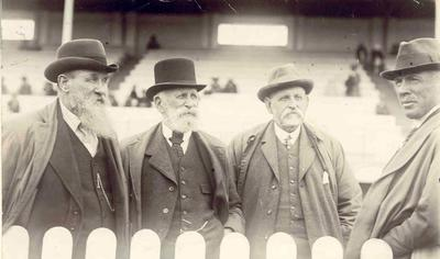 Wright Stephenson & Co Ltd - Invercargill Branch, Southland: 1890 Four men at the racetrack (Jas King 3rd right)