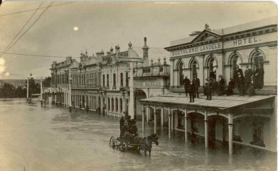 Wright Stephenson & Co Ltd - Gore Branch, Southland: Mar1913 Floods at Gore - view of main street