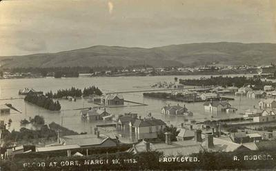 Wright Stephenson & Co Ltd - Gore Branch, Southland: Mar1913 Floods at Gore - view of town