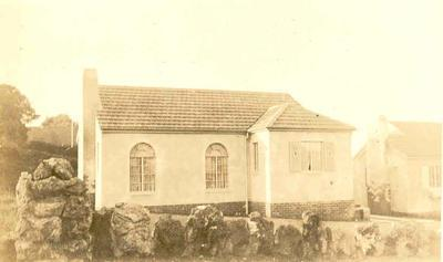 Winstone Ltd - Images of buildings using Winstone products: 1925 Cottage - Gorrie Ave, Epsom, Auckland - Architects: Gummer & Ford; Steeltex, Winstone Marseille Tiles, Gibraltar Board